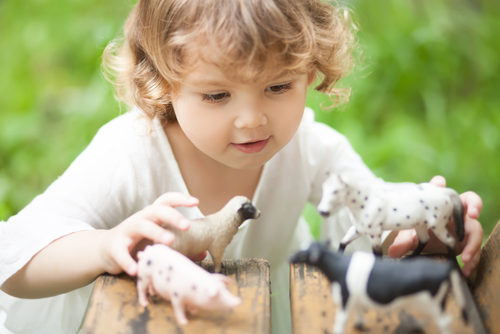 Enhancing early childhood learning through imaginary play